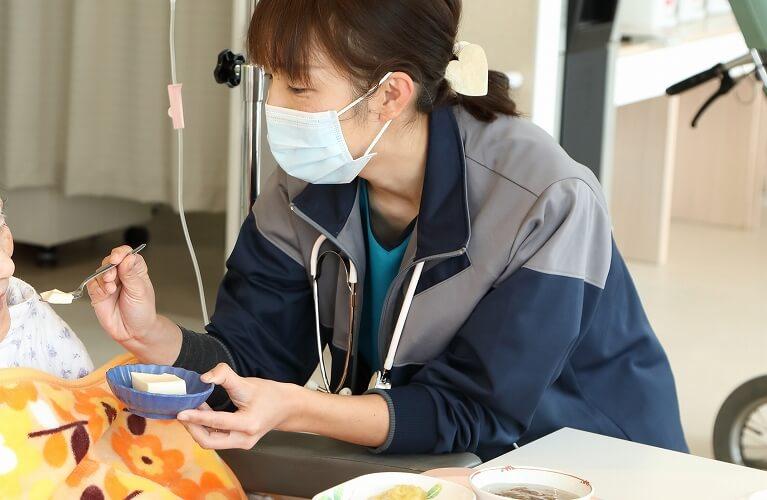 スタッフ紹介6
